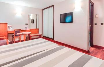 Habitación doble Hotel Nuevo Torreluz